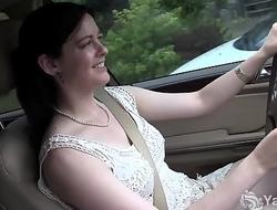 Yanks Cutie  Savannah Sly Masturbates In The Car