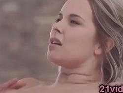 Nikki Dream anal fuck after massage